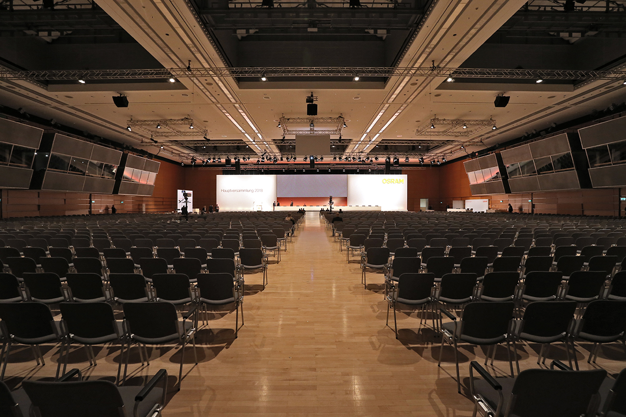 For 4.000 shareholders visiting the Annual General Meeting, prio created a stage setting that highlighted OSRAM as a leader in the global lighting market.