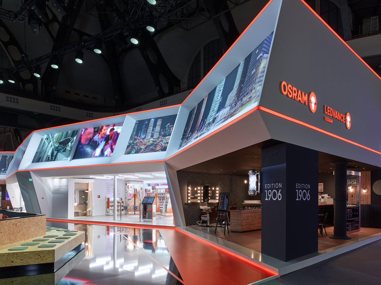 Trade fair Light+Building 2016 stand for OSRAM, general conductor prio Event Management. Theme: Welcome to Smart City