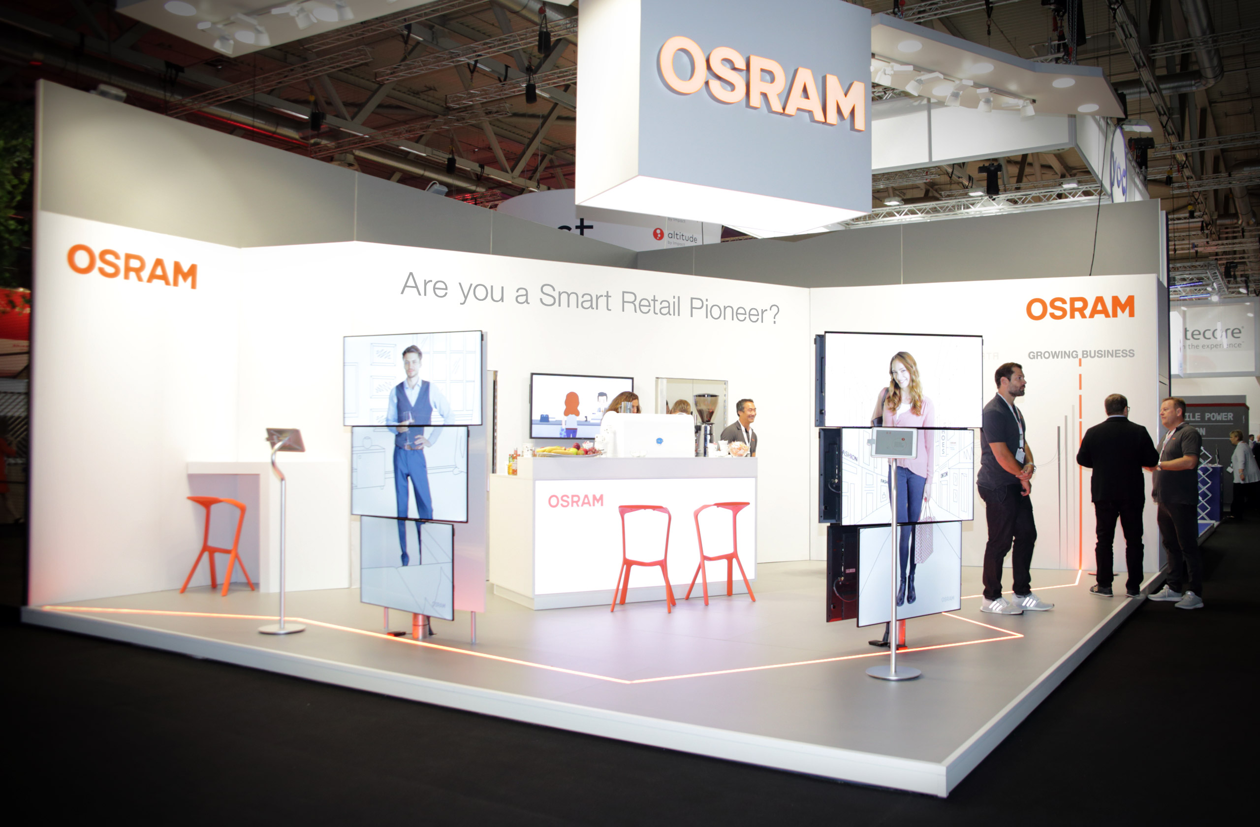 OSRAM Einstone at the Dmexco 2018. Media columns display smart shopping in the shop of the future. Stand by prio Event Management Agency